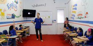 viết bài pr cá nhân cho giáo viên trung tâm ngoại ngữ
